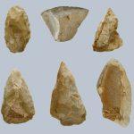 Sesselfelsgrotte, Artefakte untere Funde, Foto