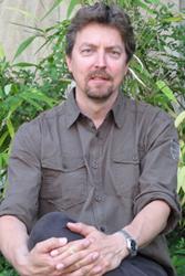 Dr. Leif Steguweit
